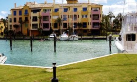 Apartment penthouse for sale, Marina of Sotogrande 1